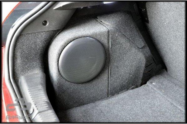 Fiat Bravo 2 - obudowa subwoofera